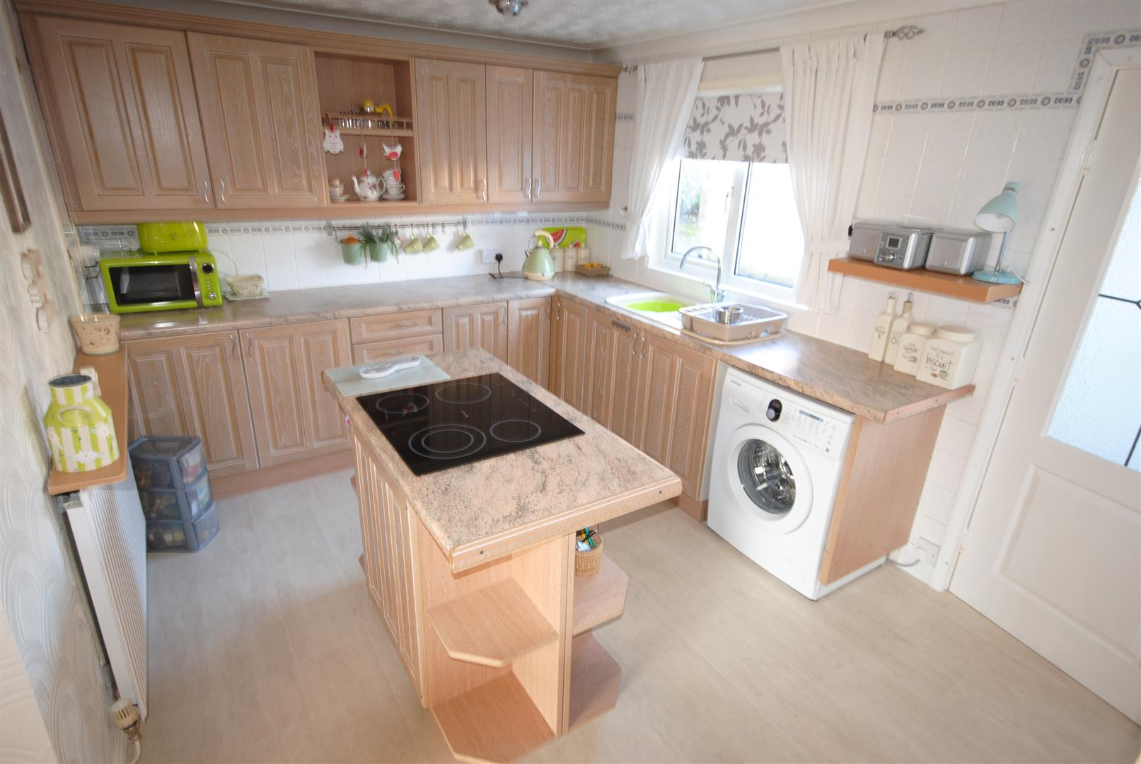 3 Bedrooms Property for sale in Millbrook Close, Skelmersdale